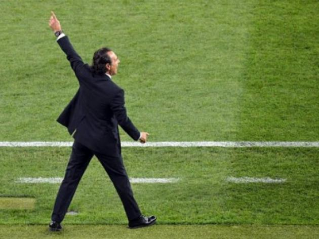 Prandelli wants Italy to 'take risks' in Euro semi