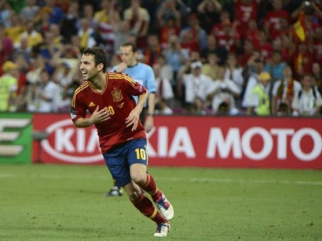 Shootout success written in stars for Cesc