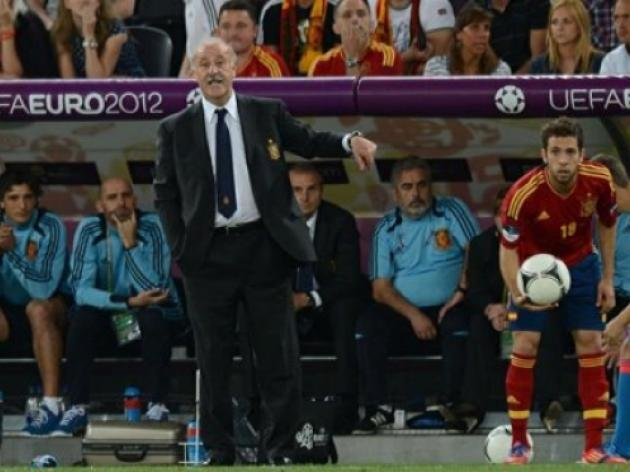 Spain subs changed game, says Del Bosque