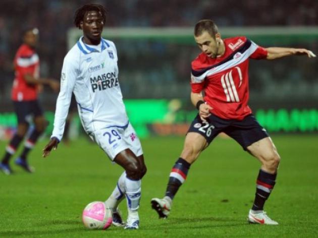 Ranieri's Monaco recruit Ndinga