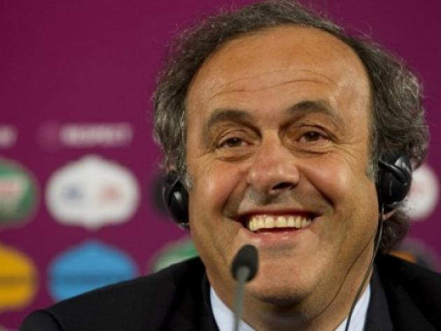 Platini rides to defence of 'boring' Spain