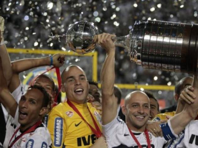 Corinthians win Copa Libertadores for 1st time