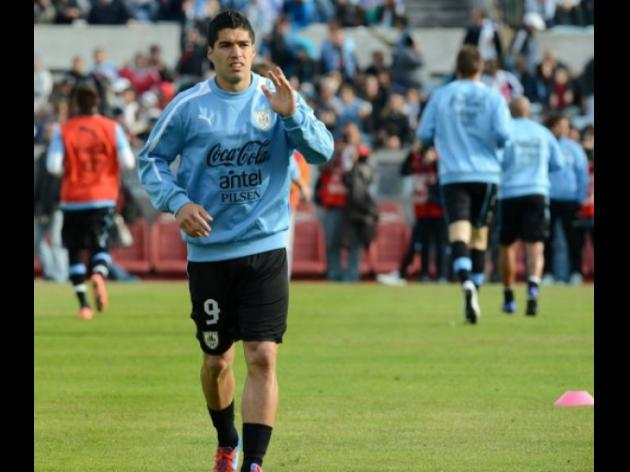 Liverpools Suarez named in Uruguay Olympic squad