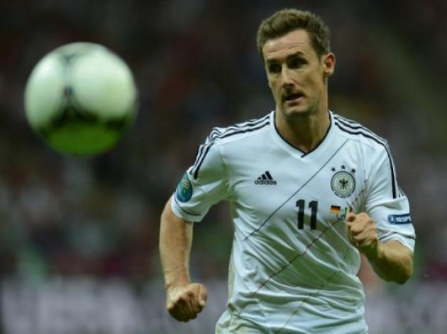 Klose aims for World Cup swansong