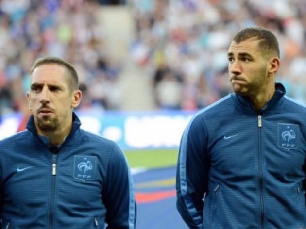 France held by Uruguay on Deschamps debut