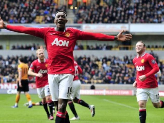 Welbeck signs new deal with Man United