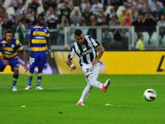 Juventus begin title defence with win over Parma