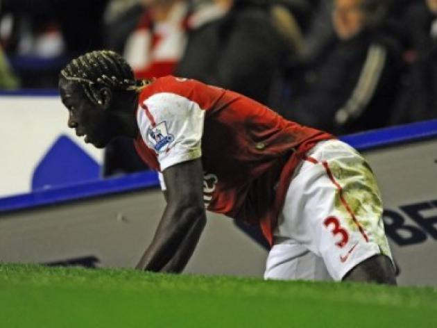 Wenger warns Sagna not to criticise Arsenal