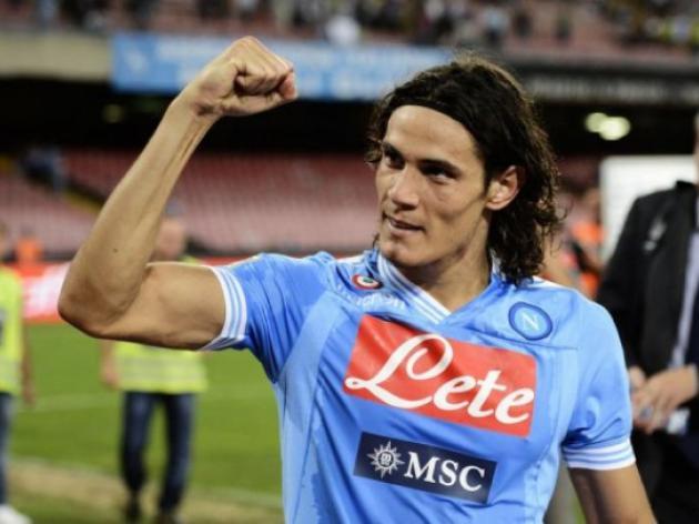 Cavani hat-trick stuns Lazio as Milan win at home