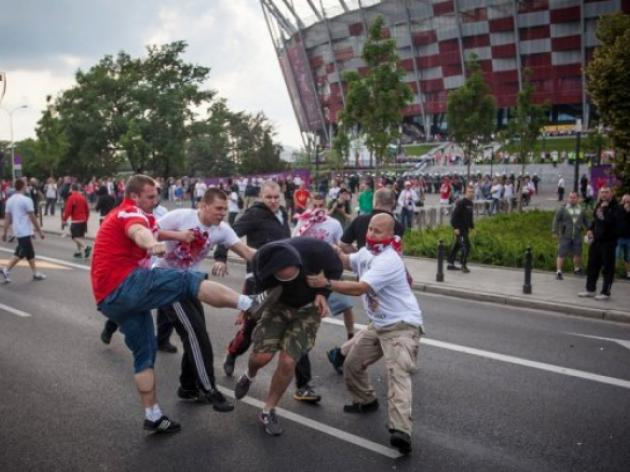 Top Russian football match abandoned after violence