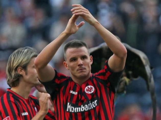 Two-goal Meier keeps Eintracht undefeated