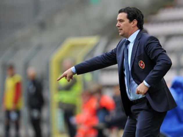 Stay of execution for under-fire Cagliari coach