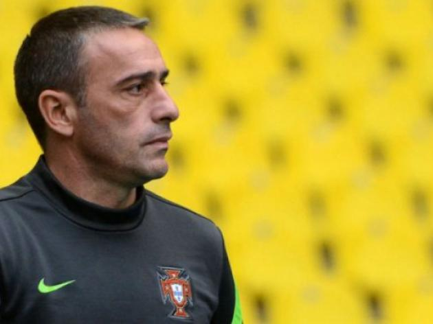 Portugal coach Bento sweats over injuries