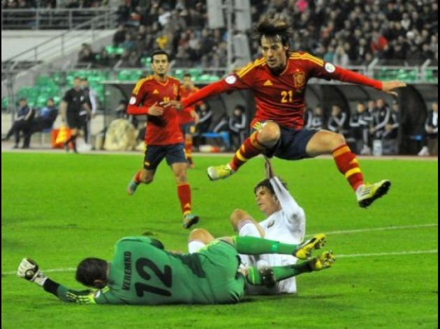 Spain crush Belarus ahead of French showdown