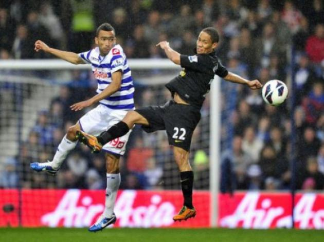 Pienaar, Tiote see red in England