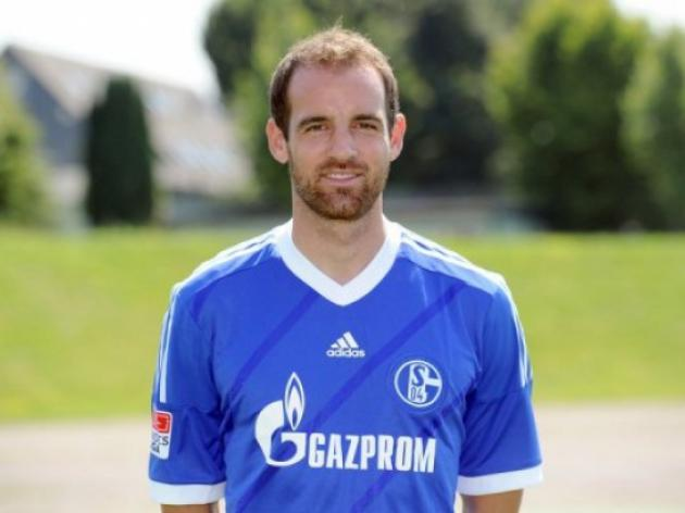 Schalkes Metzelder picks up new groin injury