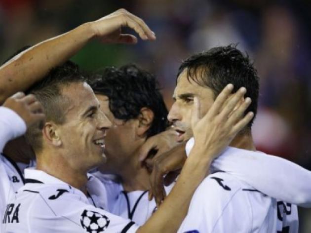 Valencia thrash BATE at the Mestalla