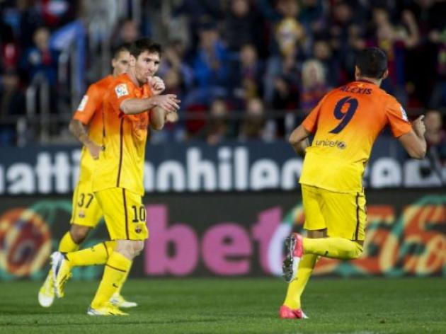 Messi strikes twice as Barcelona strengthen hold on top spot