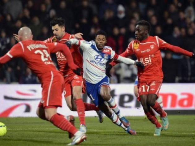 Leaders Lyon frustrated by basement side Nancy