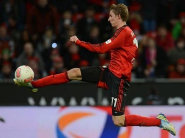 Leverkusen beat Hamburg to trim Bayerns lead