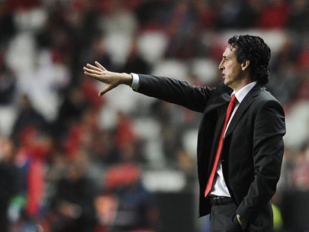 Sevilla sack Michel, appoint Emery