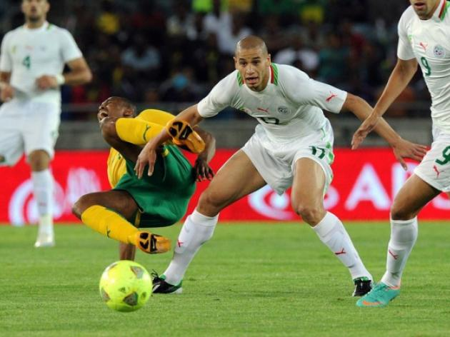 South Africa rule out injured midfielders