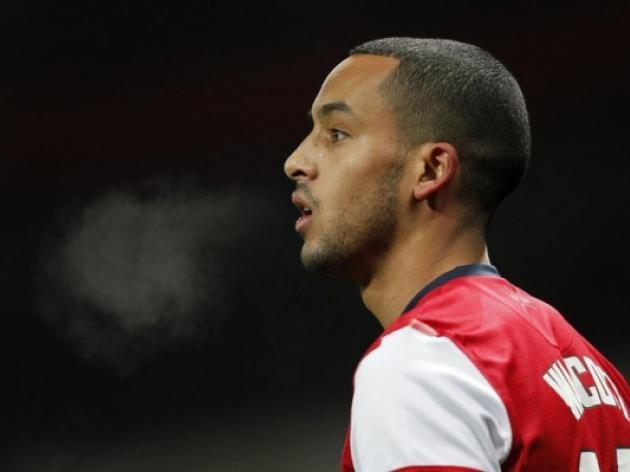 Theo Walcott tells Arsenal to 'step on the gas'
