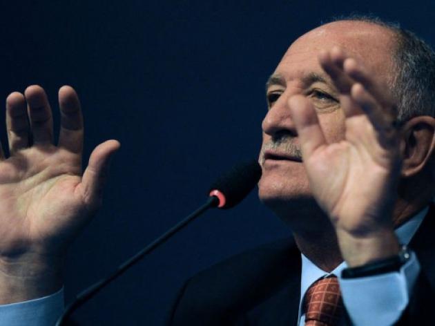 Scolari considering 50 for Brazil World Cup squad