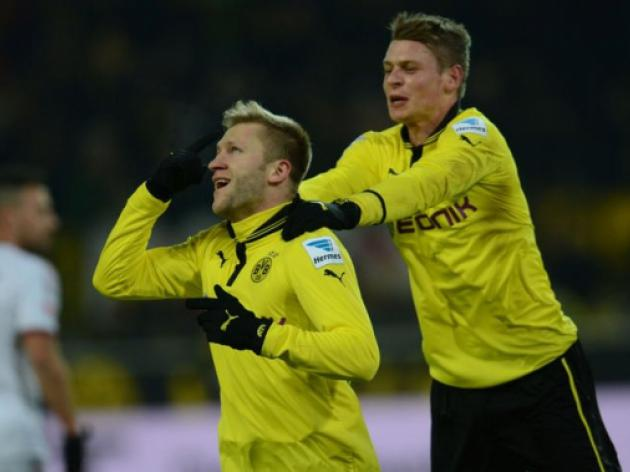 Dortmund up to second after win over Nuremberg