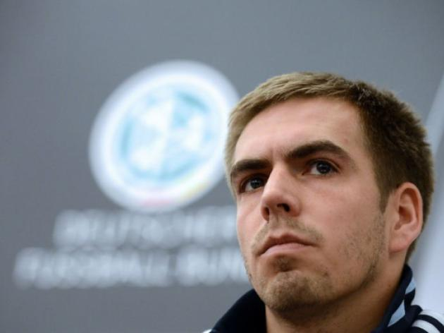 Corruption scandal hurts football, says Lahm