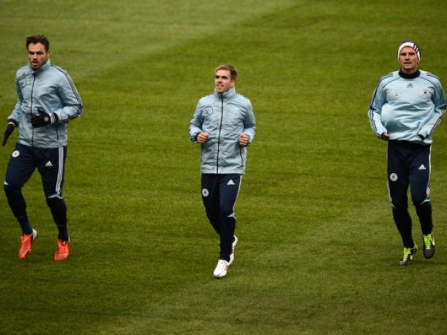 France ready to test weakened Germans tonight