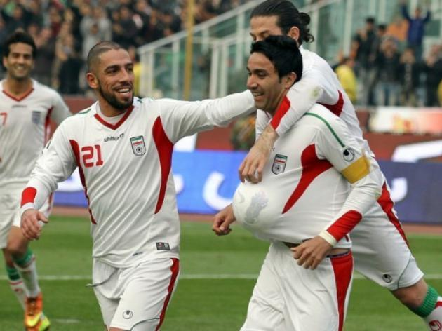 Five-star Iran crush Lebanon on road to Australia