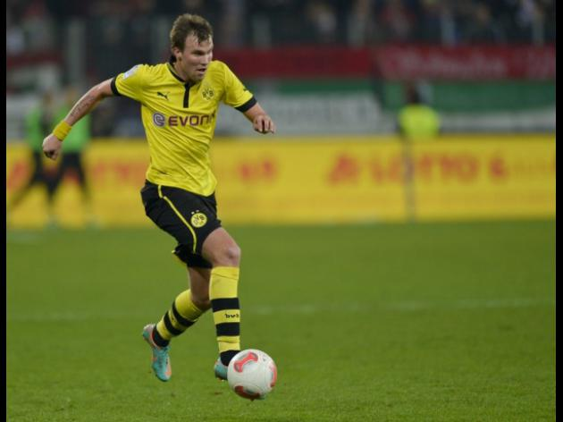 Pneumonia rules Dortmund star out of Donetsk clash