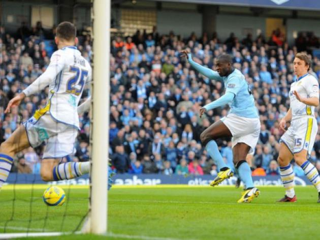 Yaya Toure triggers Man City goal romp
