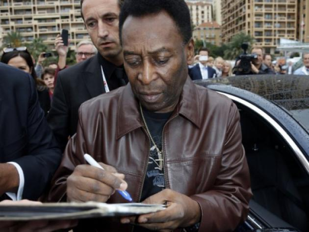 Pele ready to cut back after hip op