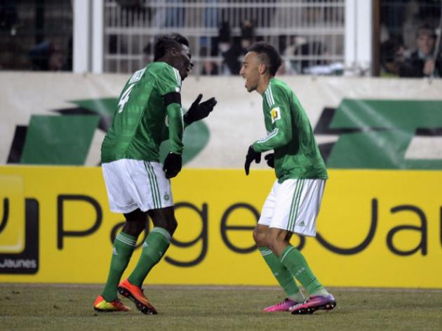 Saint-Etienne keep hopes of Cup double alive