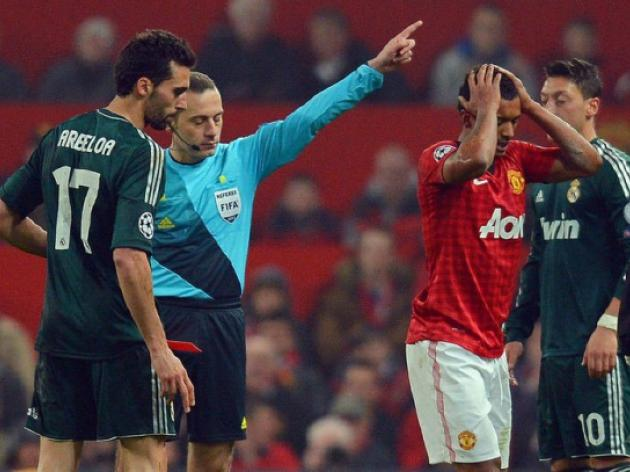 Manchester Utd cheated by referee - British press