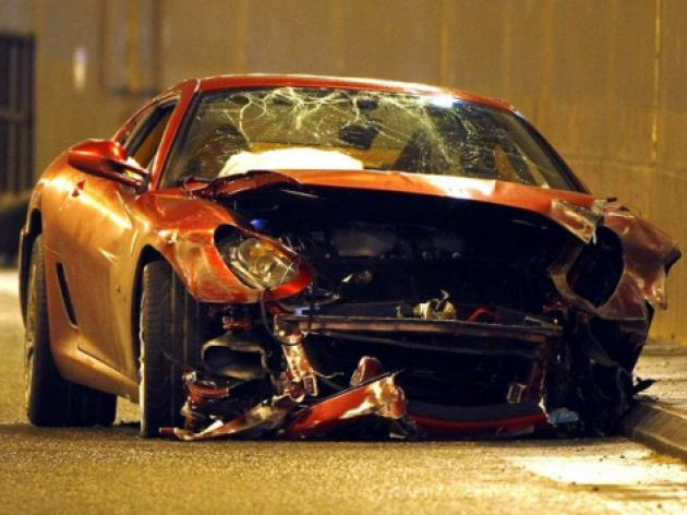 Cristiano Ronaldo's damaged Ferrari to sell on eBay