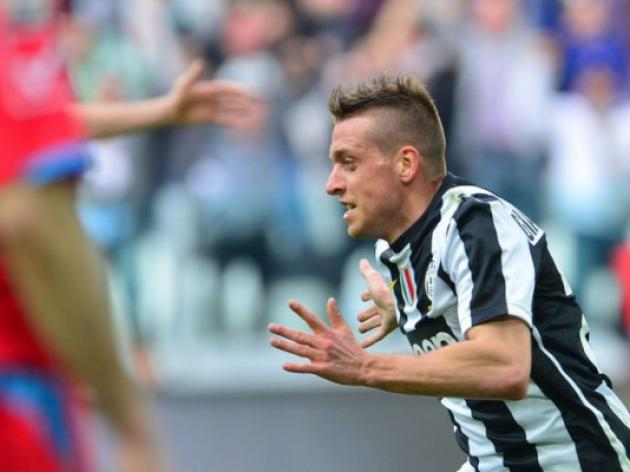 Last gasp Giaccherini sends Juve nine clear