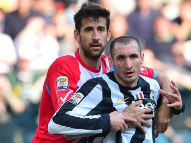 Injured Giorgio Chiellini out of Italy squad for Brazil
