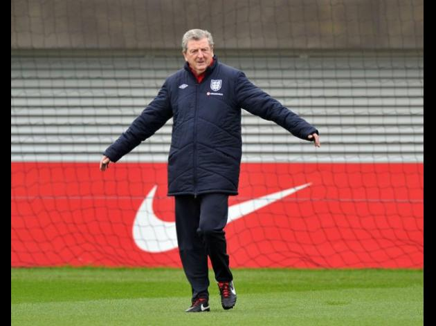 Hodgson shrugs off Montenegro mind games