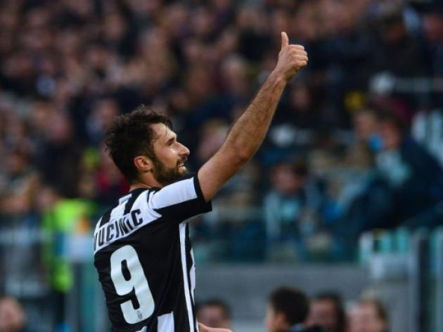 Vucinic's double enough to seal Juventus the win