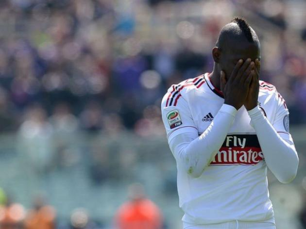 Balotelli in hot water for smoking on train: reports