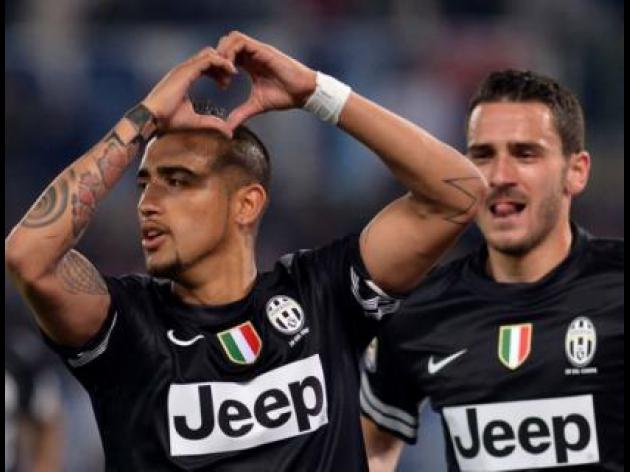 Vidal double edges Juventus closer to title