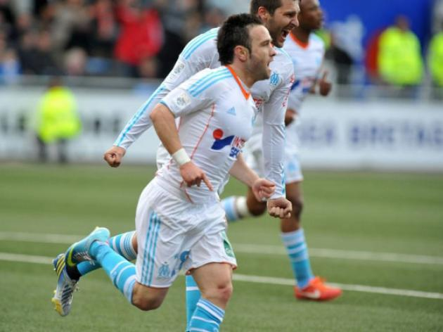 Frugal Marseille squeeze by Lorient