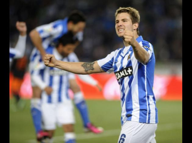 Sociedad edge towards Champions League place