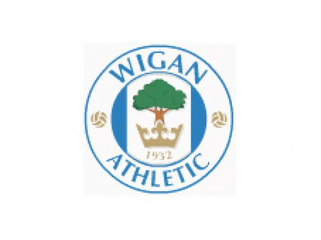 Wigan close in on Espinoza