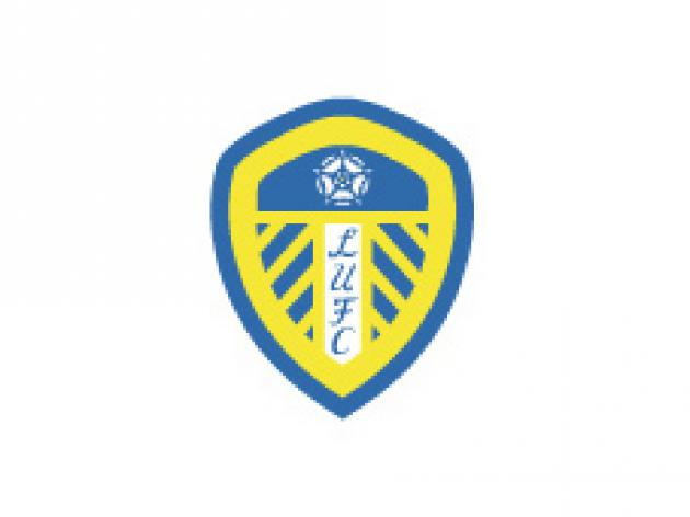 Leeds tie up rookie defender
