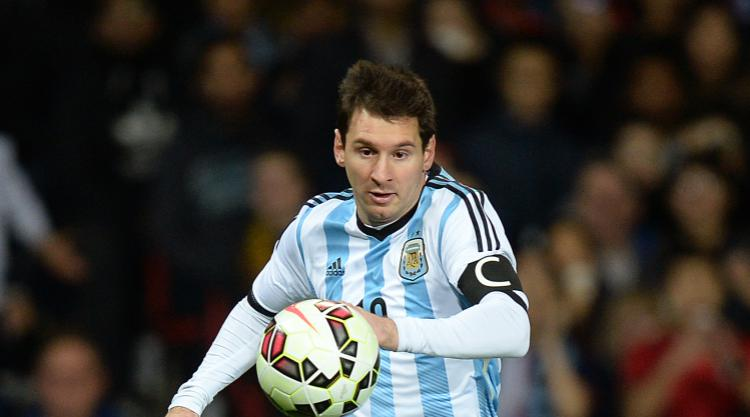 Luis Suarez believes Lionel Messi will reconsider international retirement