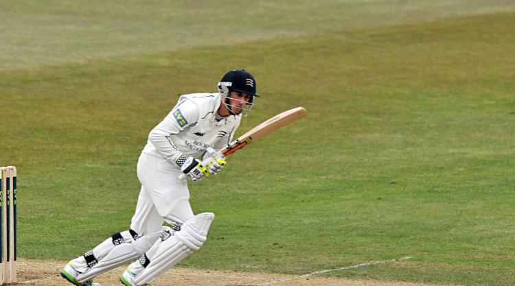 Craig Overton hat-trick not enough as John Simpson guides Middlesex to MCC win